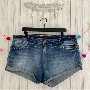 NEW STS Blue plus size rolled denim shorts